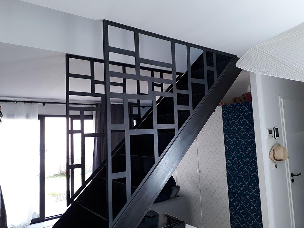 Rampe métal design escalier concept metal