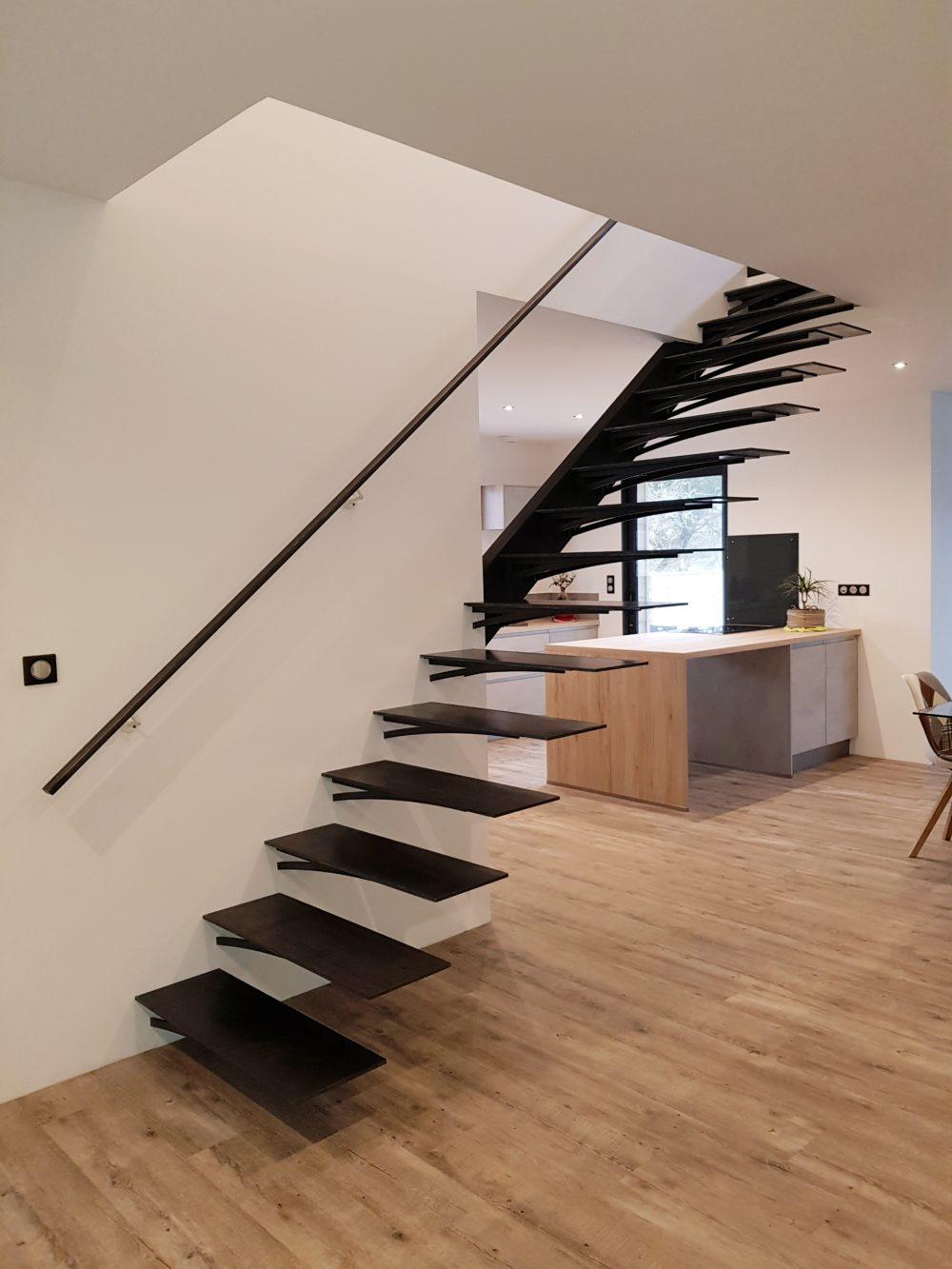 Escalier Droit métal sur mesure bassin d'arcachon