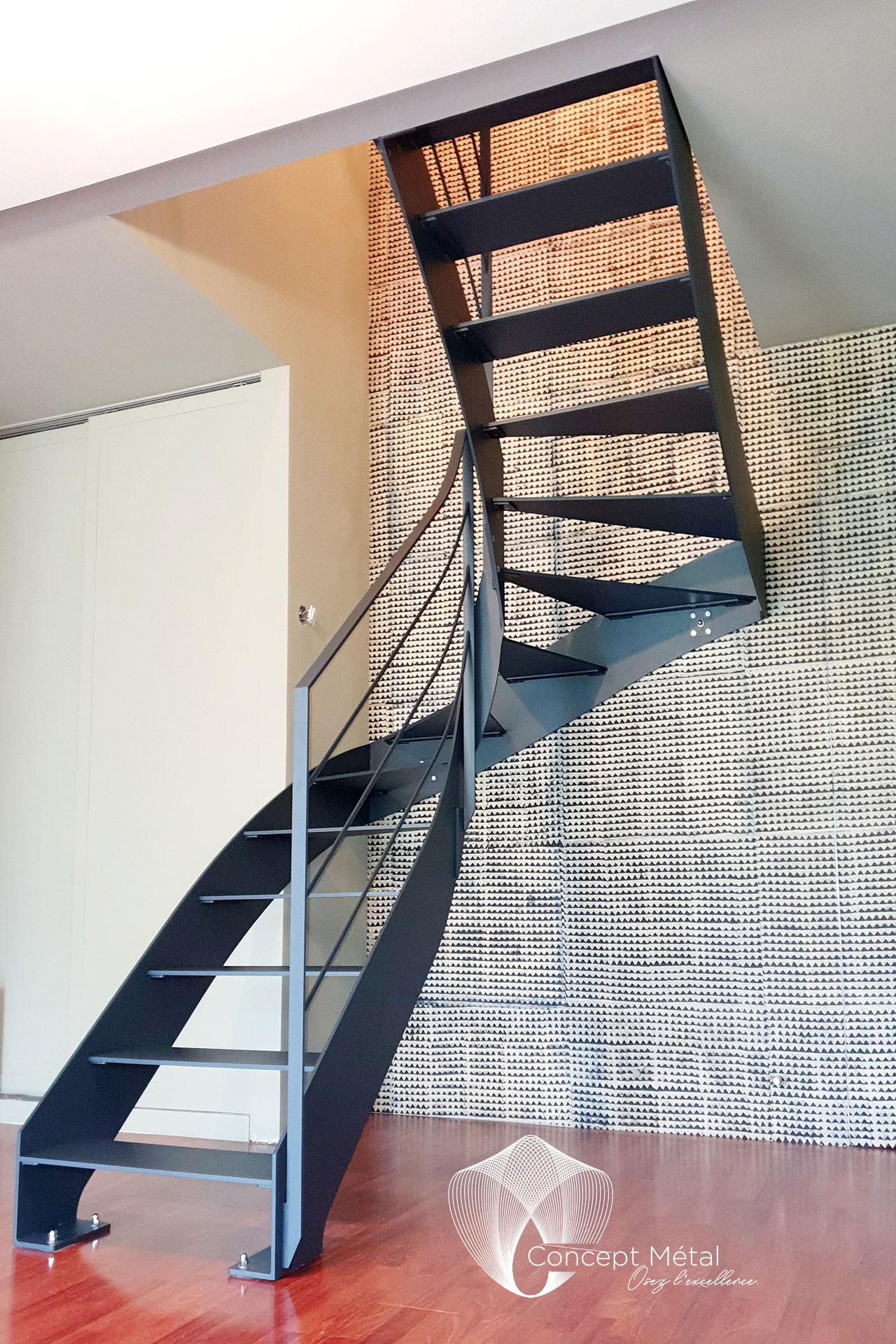 Escalier 1/4 Métal - Portail métallique - Concept Métal - Bordeaux - Bassin d'Arcachon